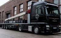 Rammstein провезет огромную спичку по Европе