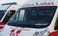 На Киевщине медики выбросили больного без сознания под дом сельского главы