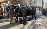 На Закарпатье задержали банду, вымогавшую деньги за несуществующий долг