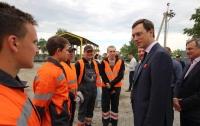 В ремонте днепропетровских дорог государство делает ставку на частные компании - министр Омелян