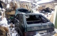 Взорвалась машина с водителем в Сумах
