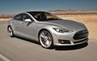 Электромобили Tesla Model S проехали более миллиарда миль