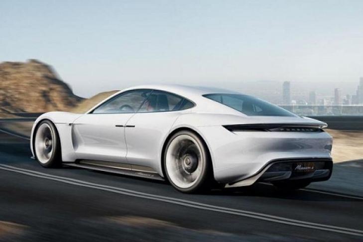 Порш создаст 1400 новых рабочих мест ради электрического конкурента Tesla Model S