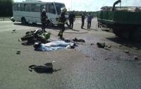 На Киевщине мотоциклист погиб, не разминувшись с грузовиком
