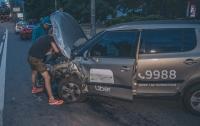 ДТП в Киеве: Таксист Uber влетел в Hyundai
