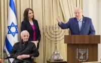 Шарль Азнавур удостоен медали за спасение евреев