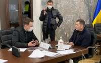 Олигархические телеканалы показали, что заместитель Кличко попался на коррупции