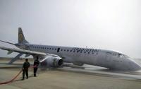 Появилось видео аварийной посадки самолета без шасси