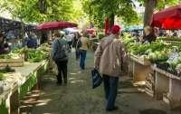 В Украине откроют более 200 рынков: Шмыгаль сделал заявление