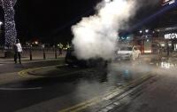 СМИ: автомобиль знаменитого боксера подожгли в Англии