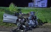 Пьяный водитель убил троих человек одним махом (фото)