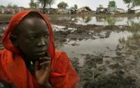 Суданский кризис углубляется: десятки тысяч детей становятся беженцами
