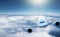 Люди забывают в самолетах разные вещи, а иногда и детей