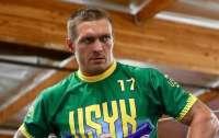 Александр Усик попал в ТОП-5 супертяжеловесов мира