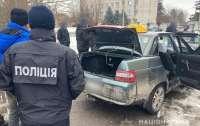 Тело отвез в лес и засыпал снегом: на Черниговщине водитель такси убил пассажира