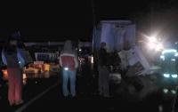 Во Львовской области столкнулись грузовики, есть погибший