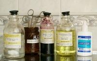 Два популярных антисептика запретили в украинских аптеках