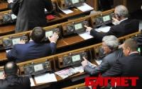 Сессия ВР так и не началась, ПР покидает здание парламента