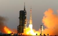 Китай запустил два навигационных спутника
