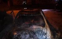 В Киеве ночью массово горели машины
