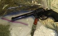В Украине ужесточат контроль за оборотом наркотиков и оружия