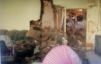 Боевики обстреляли жилые дома, среди пострадавших дети