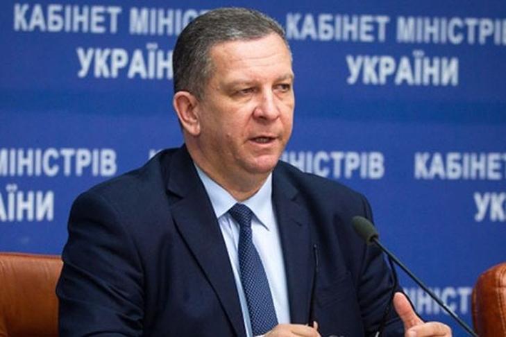 Турчинов покусился напальцы граждан России