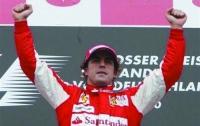 Фернандо Алонсо выиграл этап «Формулы-1» в Испании