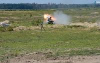 Украинский беспилотный БТР прошел успешные тестовые стрельбы, - Порошенко