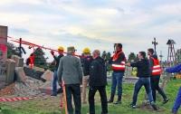В Польше вымостили дорогу обломками памятника бойцам УПА
