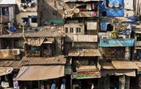 В Индии обрушился жилой дом: более 30 человек находятся под завалами