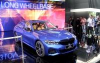 BMW представила в Шанхае удлиненный седан 3-й серии