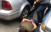 Угрожал убийством и вымогал деньги: Под Киевом задержали наглого грабителя