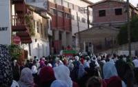 Тело Каддафи родственники убитого просят выдать им