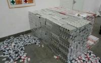 СБУ задержала в Закарпатской области крупную партию контрабандных сигарет