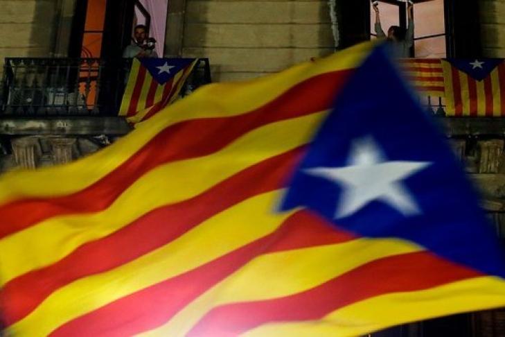 Пучдемон призвал власти Испании разрешить ему вернуться вКаталонию