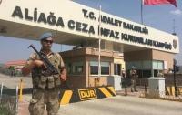В Турции более ста бывших военных приговорили к пожизненному заключению