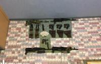 На Житомирщине мужчины продавали оружие из военной части