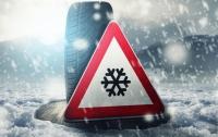 Водителей попросили перейти на зимние шины