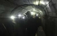 Судьба троих горняков, заблокированных в шахте на Луганщине, еще неизвестна