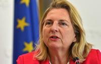 Глава МИД Австрии выступила против снятия санкций с России
