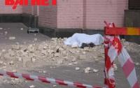 После трагедии возле гостиницы «Казацкая» мэрия решила проверить все фасады домов