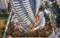 На Тайване достраивают небоскреб с деревьями и водопадами, который будет поглощать углекислый газ (ФОТО)