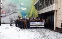 Під ДФС перекрили рух з вимогою зупинити свавілля в.о. глави Одеської митниці Мартинова