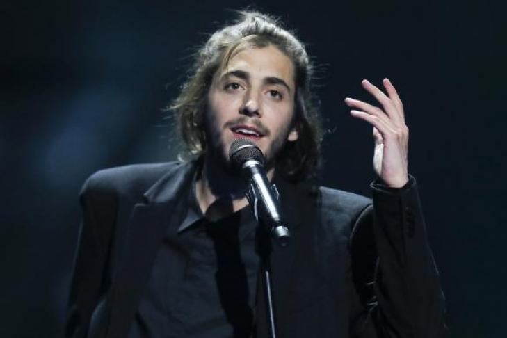 Победитель Евровидения-2017 спороком сердца попал в поликлинику