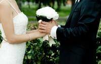 Неадекватная невеста возмутила пользователей соцсети (фото)