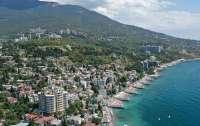 Украинцам запретили владеть землей в Крыму