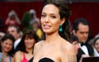 Анджелина Джоли задумалась о съемках в триллере