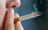 Курение и алкоголь могут продлить жизнь - ученые