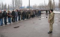 Более 100 человек в Запорожской области взялись за оружие